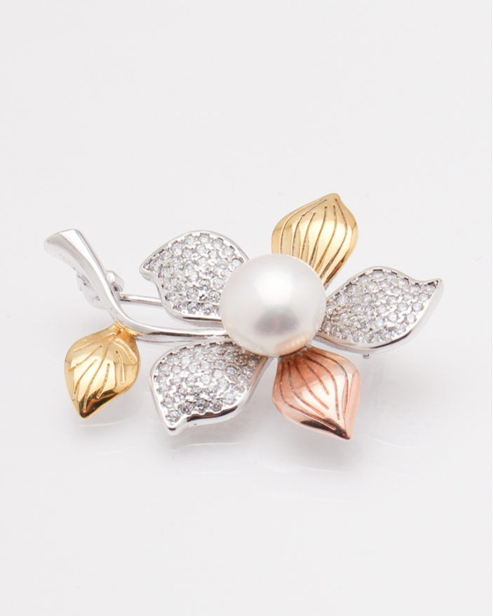 Brosa argint floare cu perla cod 8-28950, gr6.6