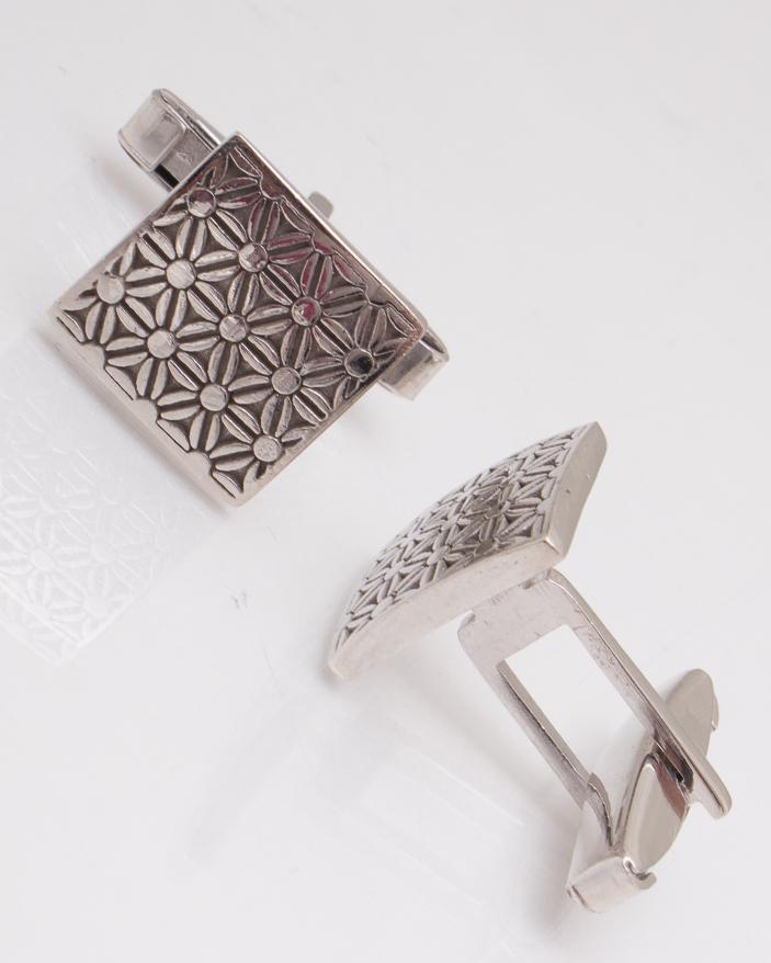 Butoni argint cod 9-2962, gr9.5