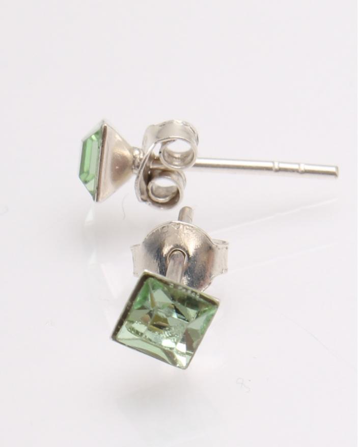 Cercei argint cu cristale patrate cod 2-27109, gr0.6