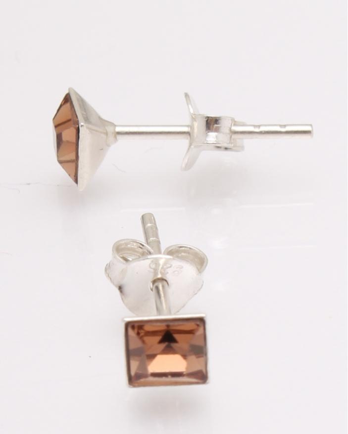 Cercei argint cu cristale patrate cod 2-27113, gr0.6