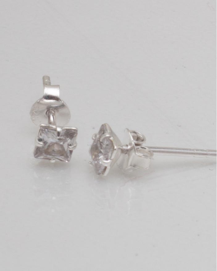 Cercei argint cod 2-8840, gr0.7