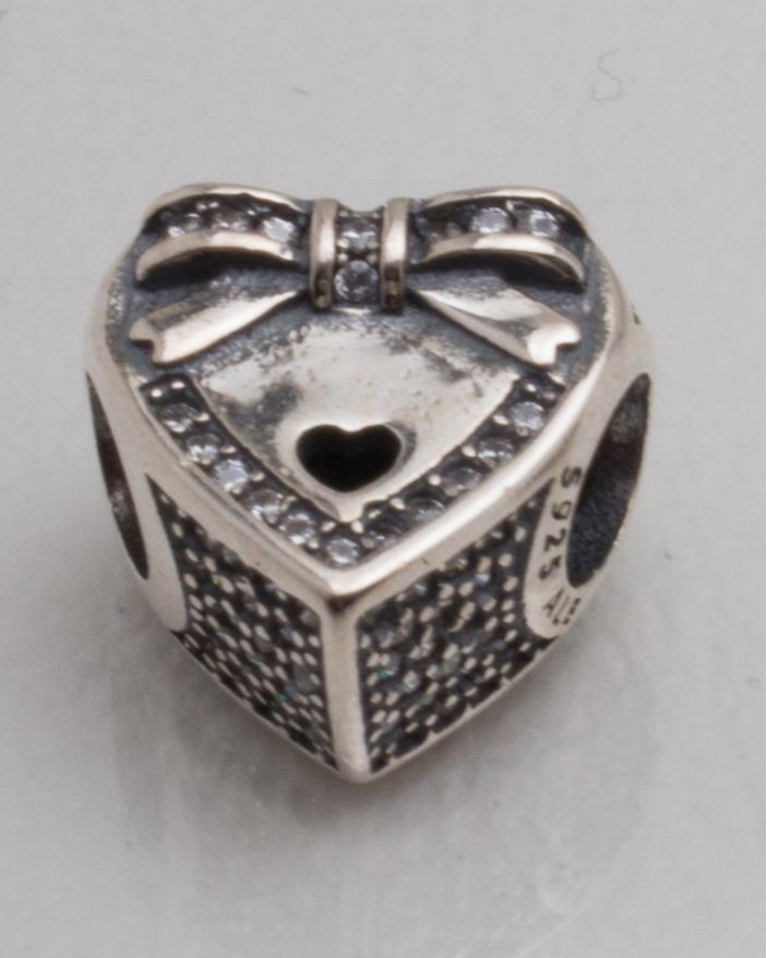 Pandantiv argint cod 6-10113. gr3
