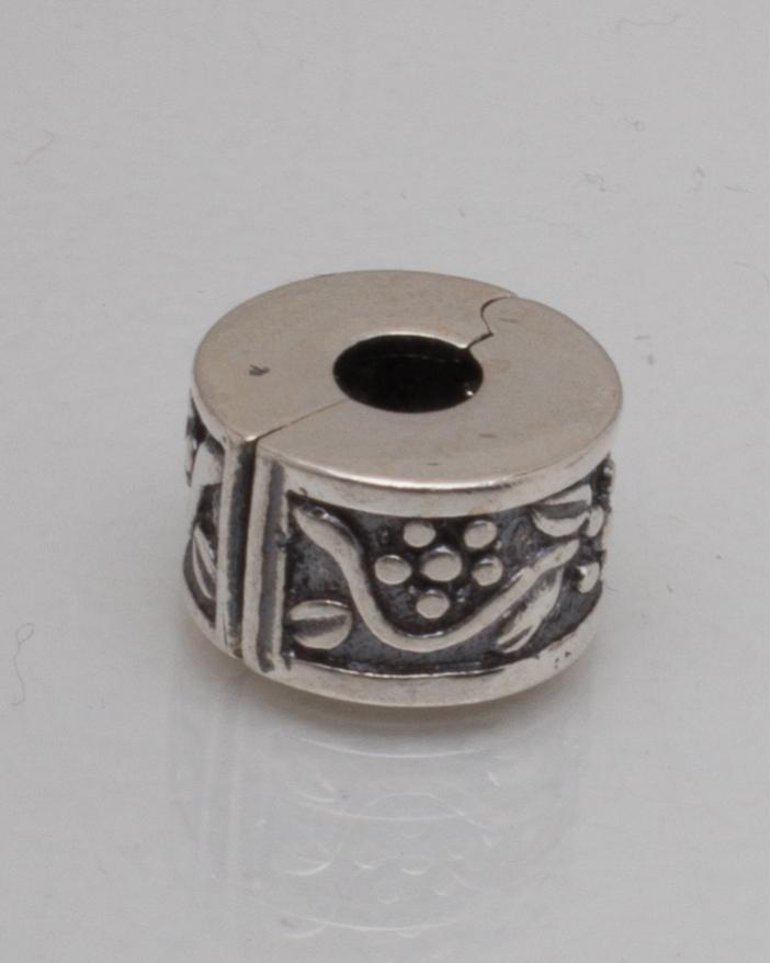 Pandantiv argint cod 6-10185. gr2