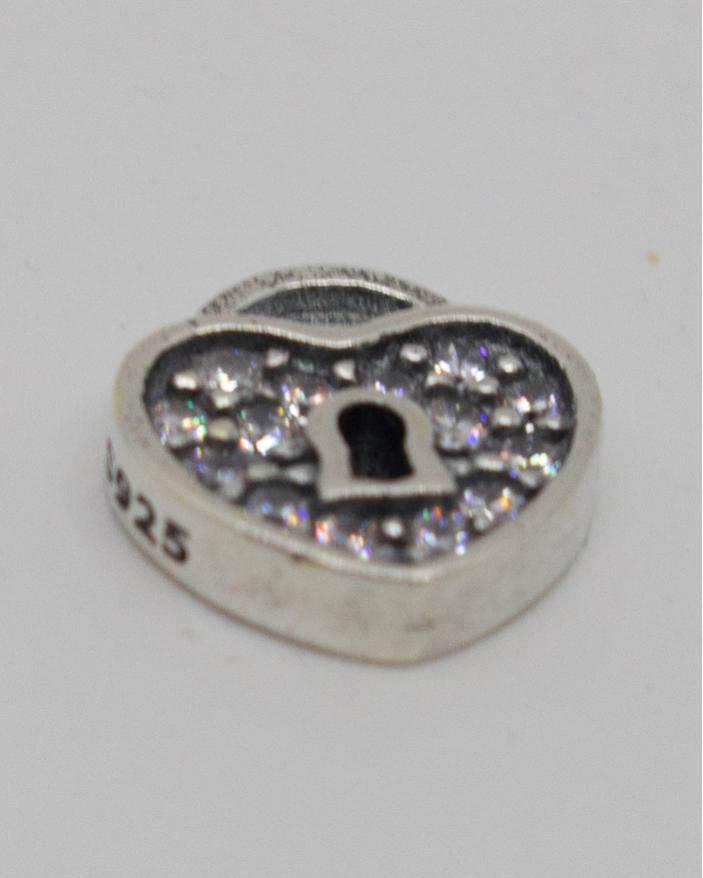 Pandantiv argint cod 6-11246. gr0.7