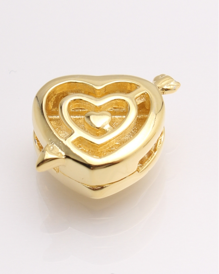Pandantiv argint galben cu inima si sageata cod 6-21705. gr2.6