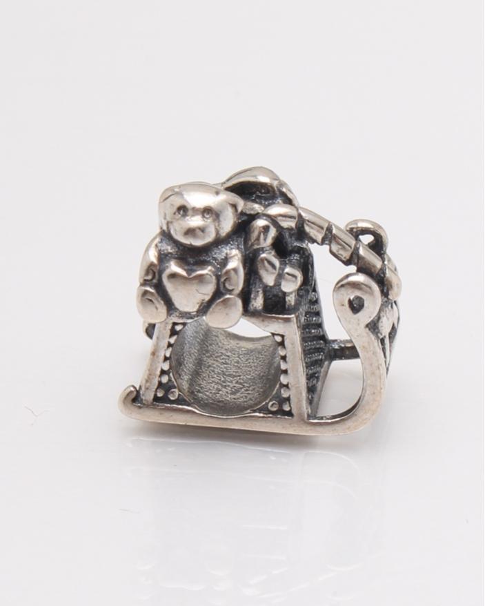 Pandantiv argint sanie cu daruri cod 6-22527. gr4.2