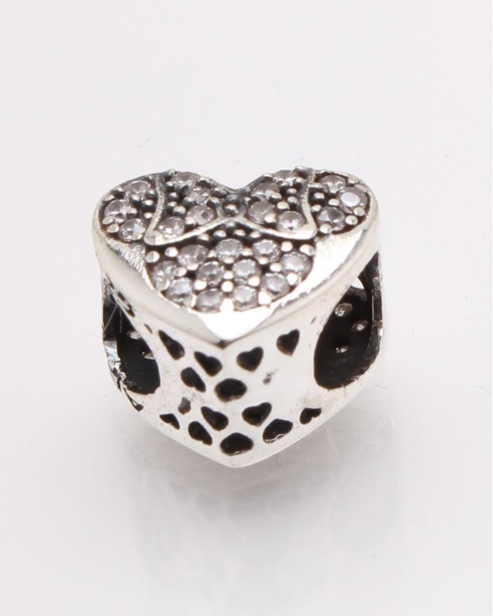 Pandantiv argint inima cod 6-27742. gr1.8