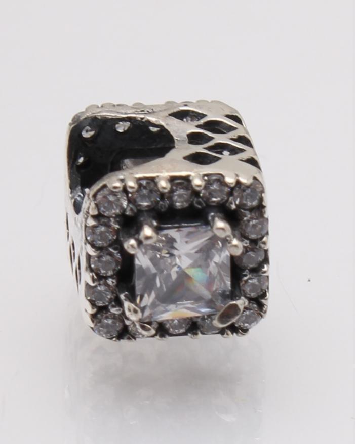 Pandantiv argint cod 6-27767. gr1.6