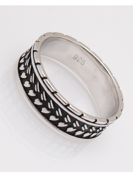 Inel argint suprafata partial neagra cod 1-23050, gr5