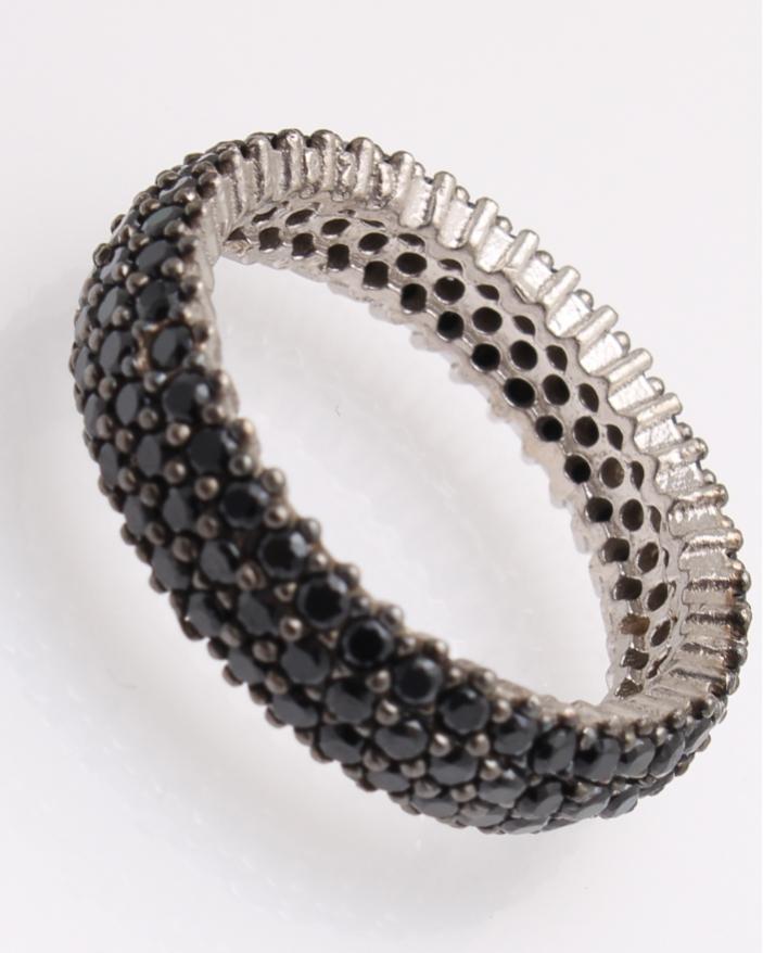 Inel argint cu pietricele negre cubic zirconia cod 1-25832, gr3.5