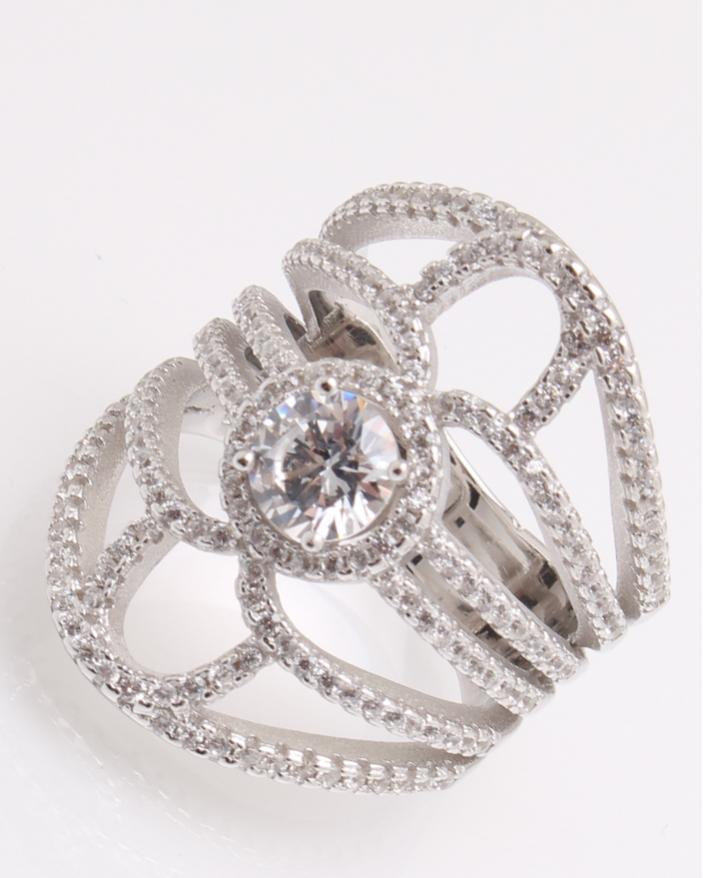 Inel argint rodiat si pietricele albe cod 1-26069, gr8.5
