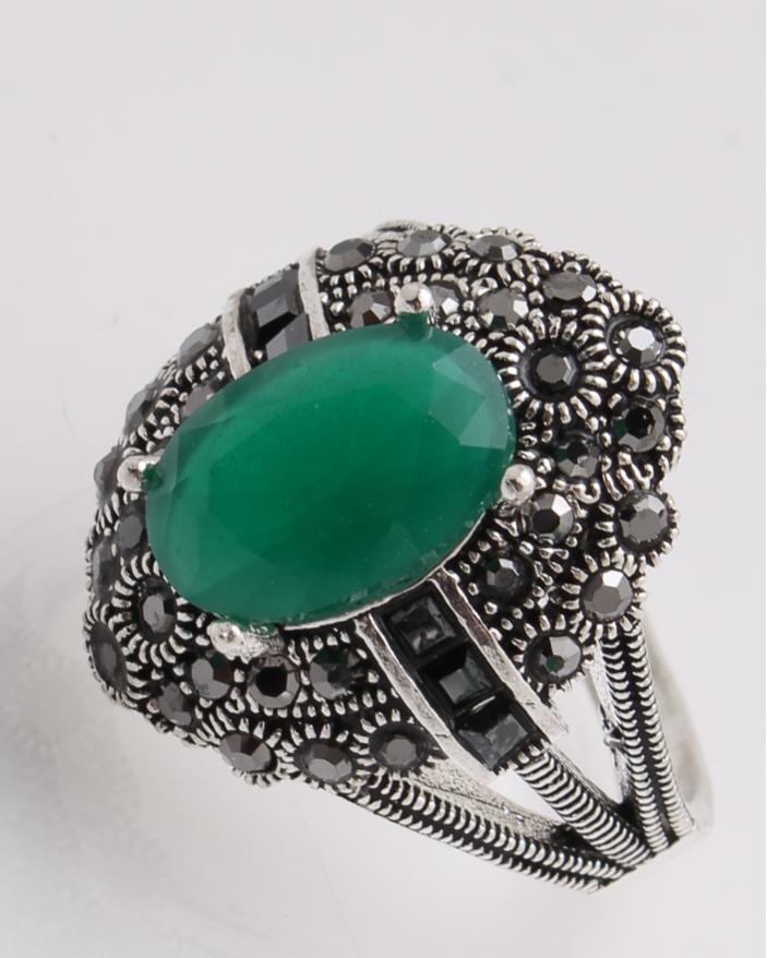Inel argint cu piatra verde si marcasite cod 1-26890, gr6.4