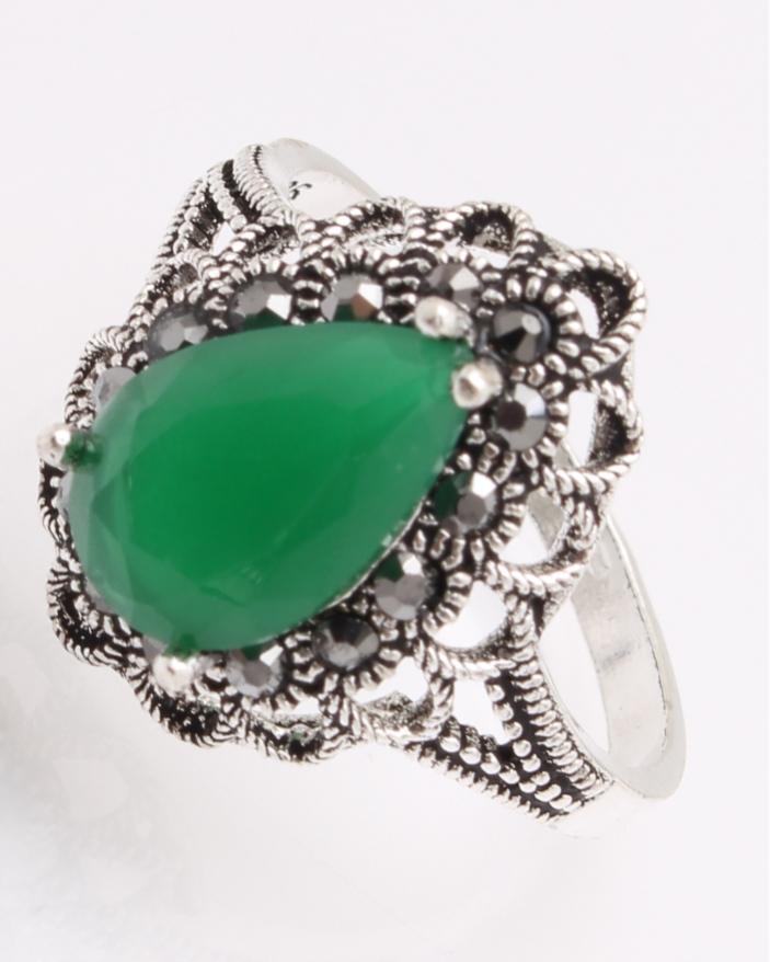 Inel argint cu piatra verde si marcasite cod 1-26957, gr3.8