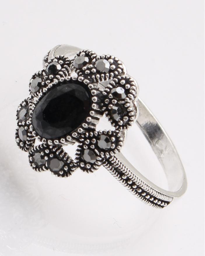 Inel argint cu piatra neagra si marcasite cod 1-28127, gr3.4
