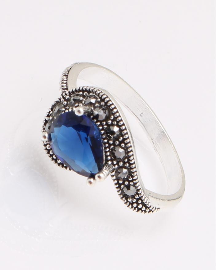 Inel argint lacrima albastra cod 1-29091, gr3.1