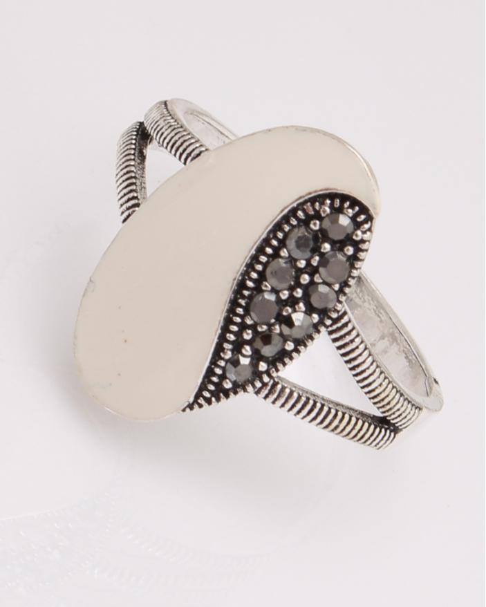 Inel argint oval cu marcasite cod 1-29111, gr3.4
