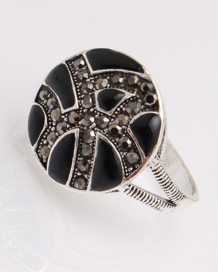 Inel argint rotund cu marcasite cod 1-29118, gr3.9