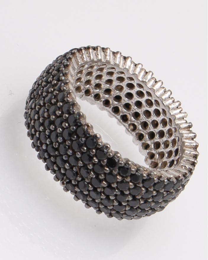 Inel argint tennis cu pietre negre cod 1-30527, gr5.2
