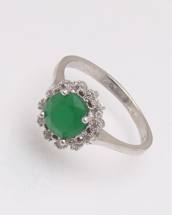 Inel argint piatra rotunda verde mat cod 1-31475, gr2.3