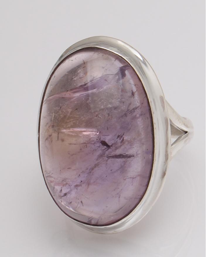 Inel argint cu ametist cod 1-32569, gr12.6