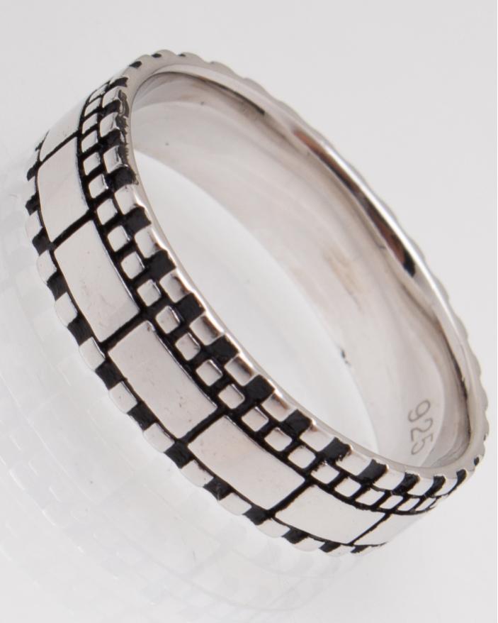 Inel argint cod 1-12523, gr4.5