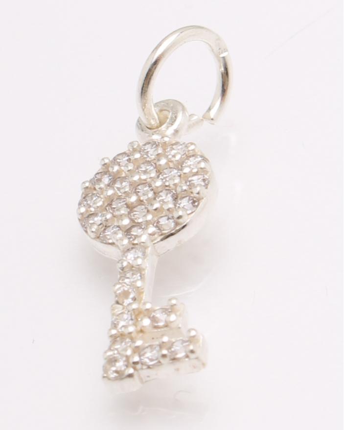 Pandantiv argint cheie cod 6-27068. gr0.9