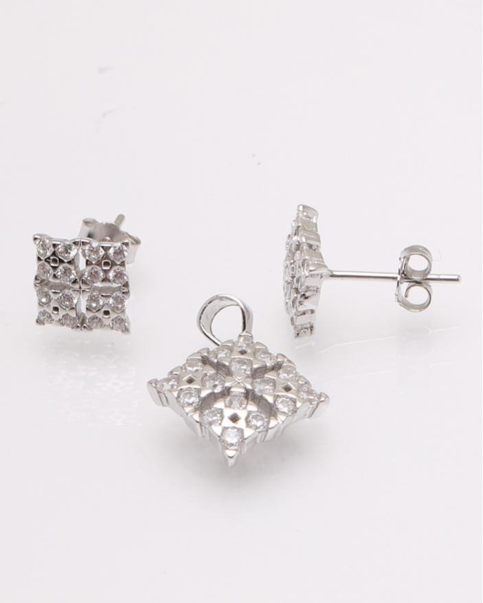 Set argint patrat cu pietre albe cod 3-30838, gr2.6