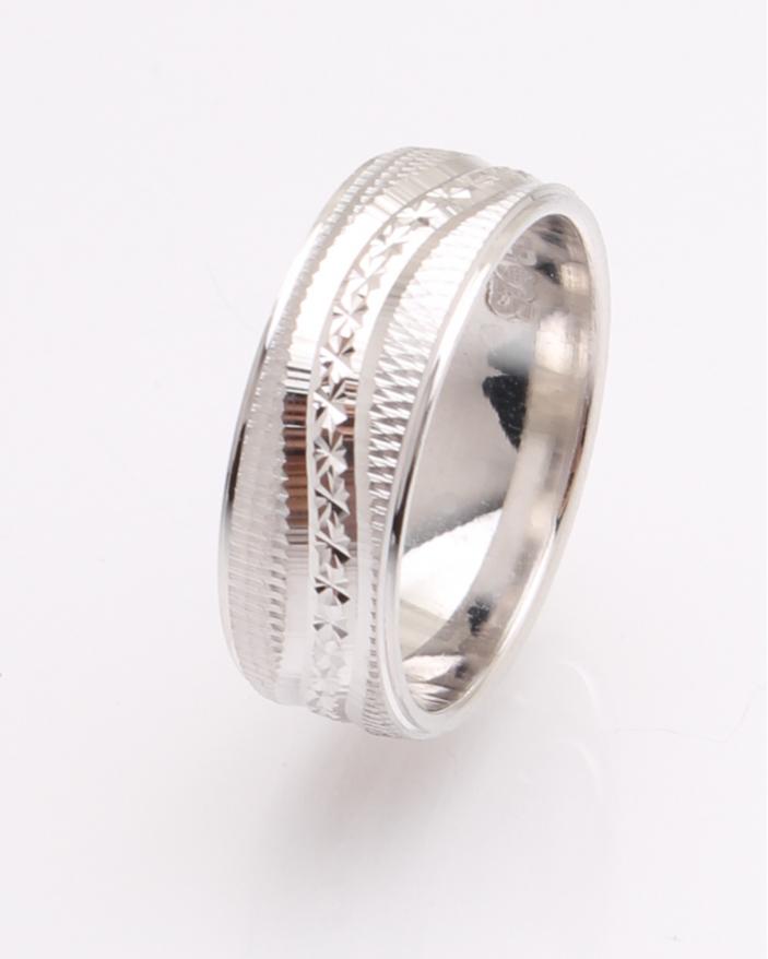 Inel argint cu model cod 1-26977, gr3.7